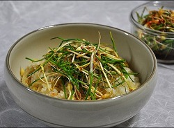 ♪ 봄 내음 향긋한 달래간장 & 콩나물 밥