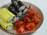 매콤하고 깔끔한 맛, 충무김밥